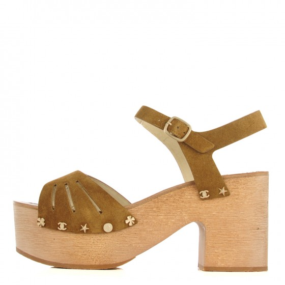 c39e935e00b9 CHANEL Suede Wooden Studded Platform Sandals 41 Brown 124209