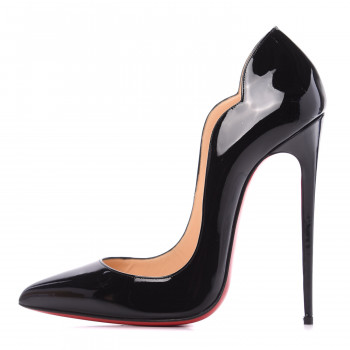 CHRISTIAN LOUBOUTIN Patent Hot Chick 130 Pumps 39 Black