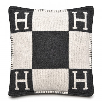 HERMES Wool Cashmere Avalon Pillow PM Ecru Gris Fonce