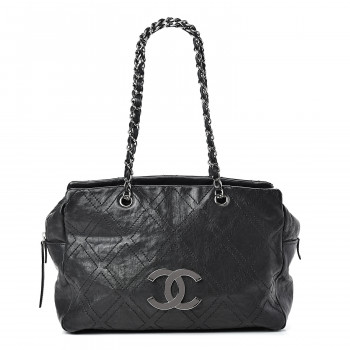 CHANEL Calfskin Large Diamond Stitch Tote Black